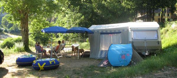 Camping delron gorges du tarn france canoeing rentals for Camping gorges du tarn piscine